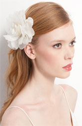 Cute bridal headdress!