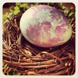 Dyeing Easter Dinosaur Eggs without a Kit by Heather Says