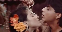 Kajol and Shahrukh Khan in Karan Arjun.