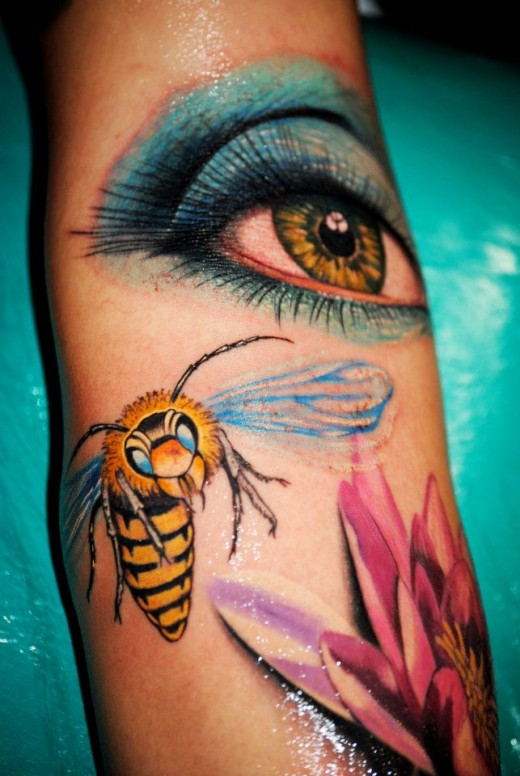 01. Amazing Eye, Dragonfly & Flower Tattoo