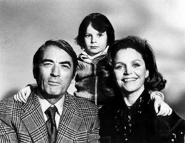 Gregory Peck, Lee Remick and Harvey Stephens