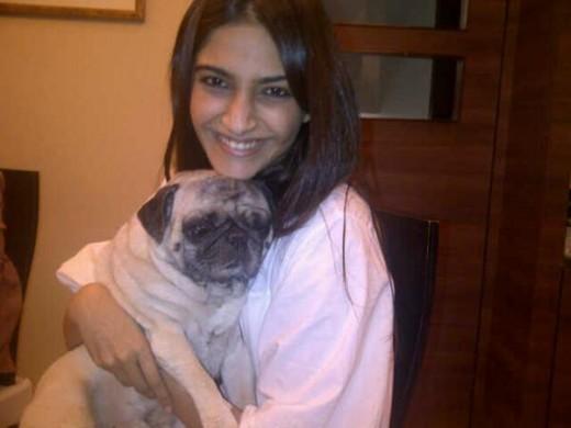 Sonam's twitter photo...