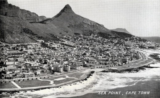 Old postcard showing Lion's HEad