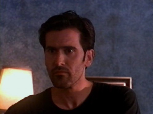 The not-so-trustworthy Ray is portrayed by the always-trustworthy Bruce Campbell.