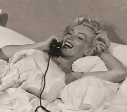 The iconic Model 302 has been a part of many movies and TV shows during 50's, 60's and 70's. In picture is Marilyn Monroe lying on the bed, seemingly engrossed in a candid chat while she holds a handset similar in design to Moshi Moshi.