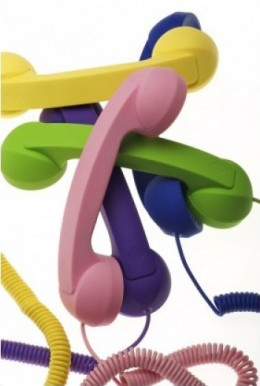 Native Union's Moshi Moshi retro handsets are available in various colors including Black, Red, Pink, Dark Blue, Green, Dark Purple, Orange, Sky Blue, Yellow and other color themes.