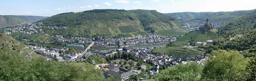 panarama looking across the Moselle