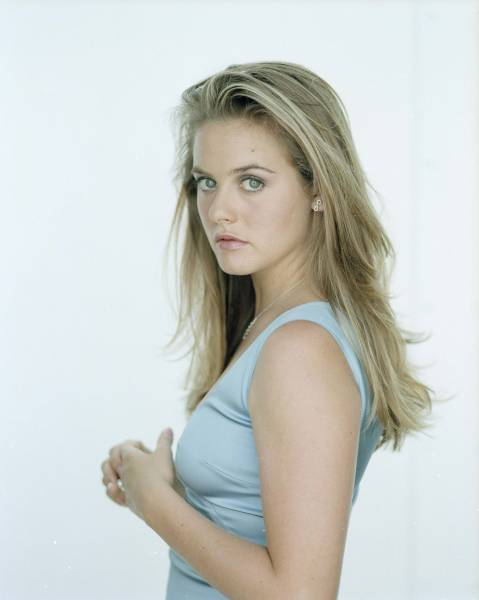 Alicia Silverstone is a vegan.