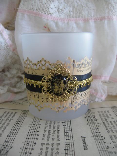 paper lace, ribbon, trim, filigree mount, cabochon