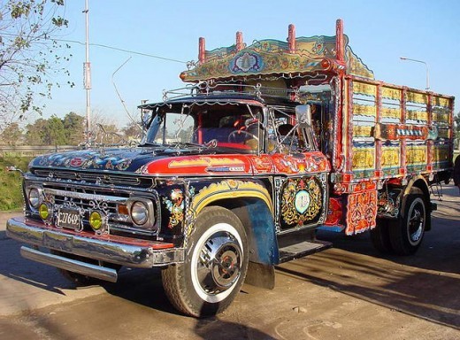 Many loving hours were spent decorating this truck. This is the essence of the fileteado art of Buenos Aires