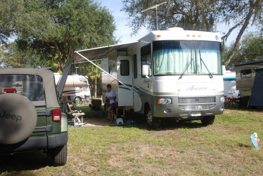 Old Motorhomes are great low-cost options for people looking for a cheaper way to get into camping.