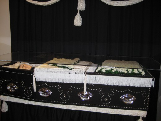 Lincoln laid to rest
