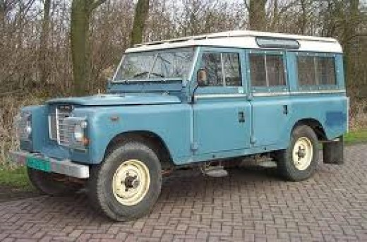 LWB Series III, 1981 (X-Reg). Just like my third 'Landie'.(HHU 572X) She was a bit 'fated', and finally stolen in late January, 2012 (thirty-one years old, I had her nearly fifteen of them!) I had a steel wire radiator grille from a Series IIA fitted