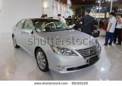 History of the Lexus ES Model