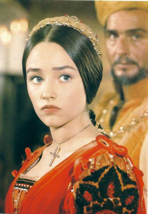 Olivia Hussey as Juliet