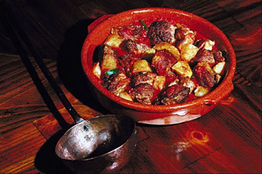 Find the best beef stew at El Quim, one of the best restaurants in Barcelona.