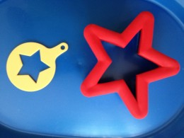 Star-shaped stencil and cookie cutter
