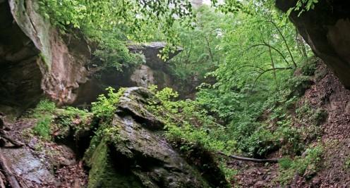 the main cavelike area of rocky glen.