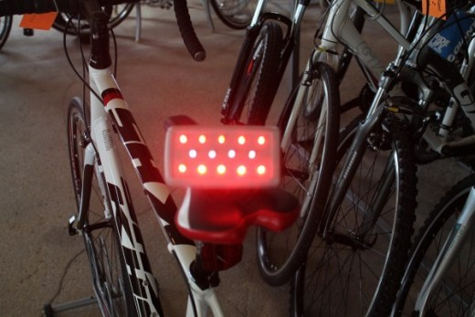 High visual flashing LED bike light