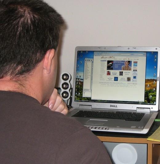 http://flickr.com/photos/exalthim/