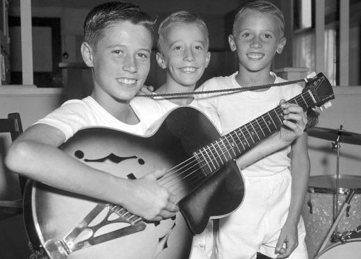 The Bee Gees, 1959