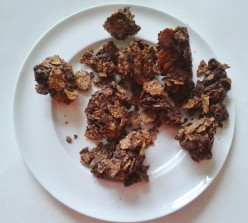 What is the secret of making chocolate cornflake crisps?