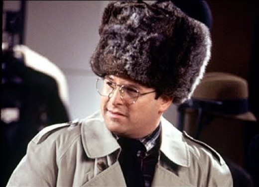George loses Elaine's $8000 sable hat and replaces it with a $40 rat fur knockoff.