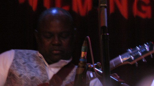 Steve Pratt, is the next George Benson, with soulful sounds that uplifts your spirit.