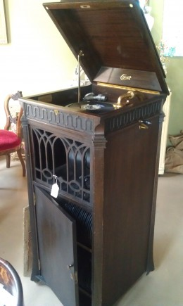 An antique hand crank Edison record player