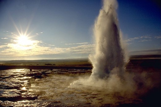 A famous Icelandic hot water geyser