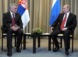 Foto: TANJUG. New president of Serbia, on left - Tomislav Nikolic and President Putin in Moscow.