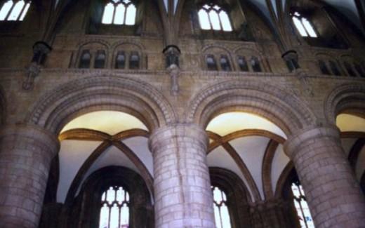 Interior Vaulted ceilng
