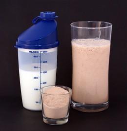 Blend low-or-no sugar protein powder with 1% or skim milk. Optionally, add ice.