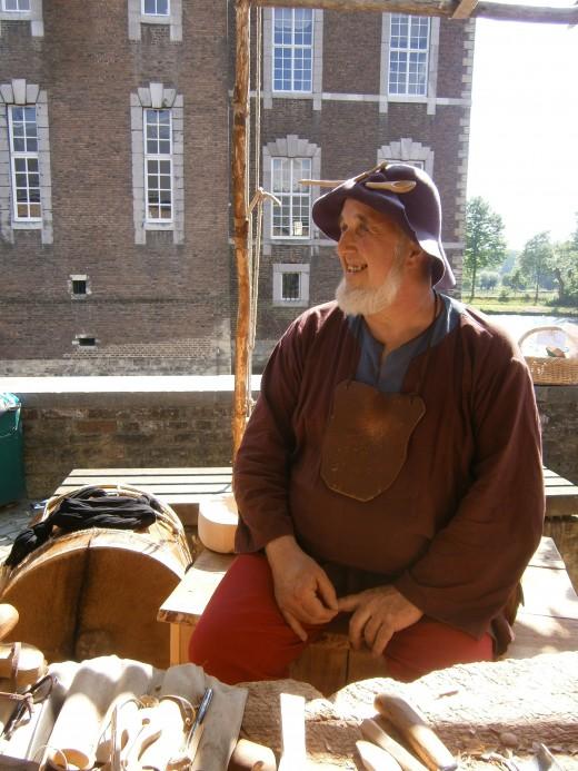 Kolje the Spoonmaker. Main courtyard.