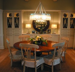 A round dining table is a good example of using radial balance in a room.