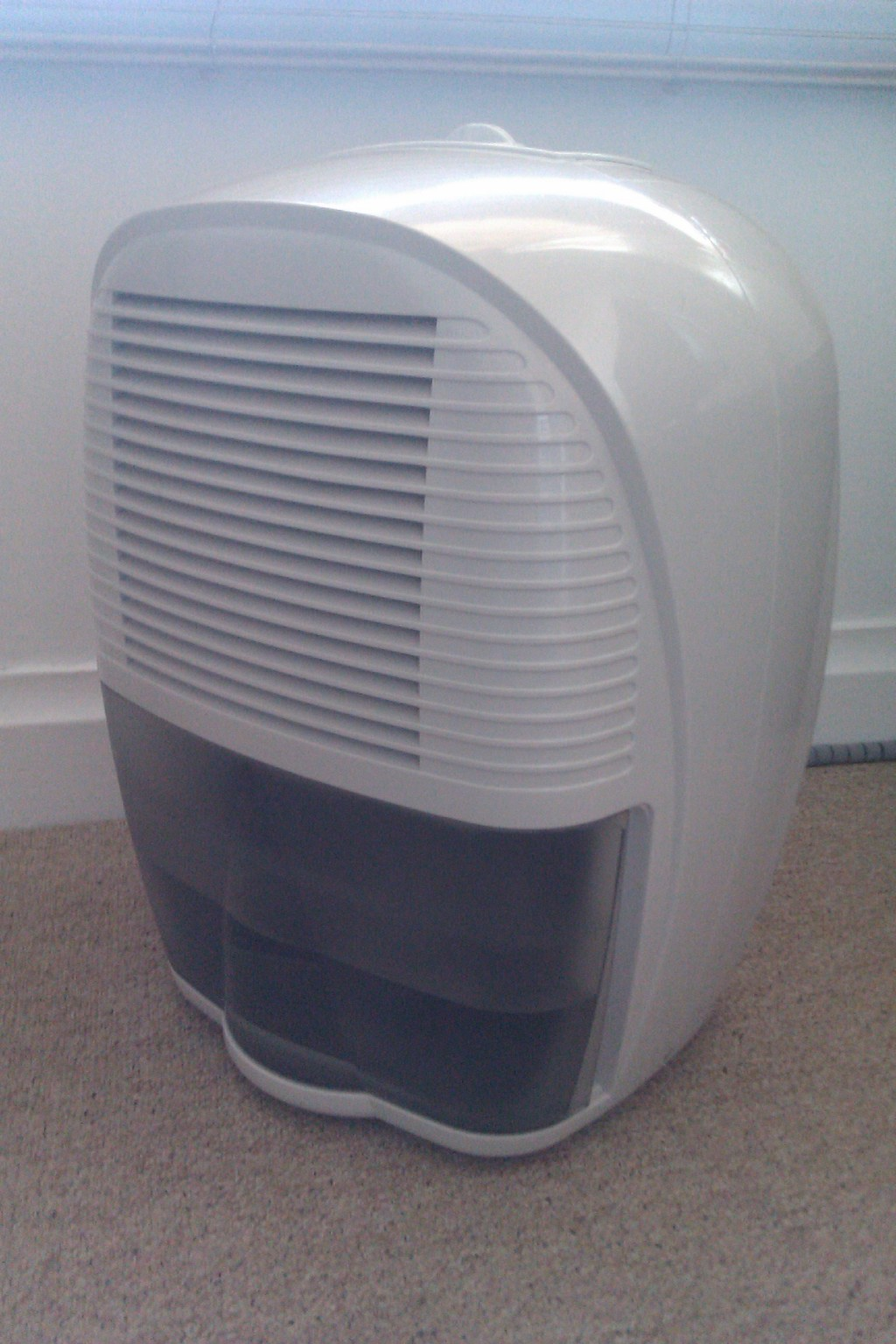 Choosing The Best Home Dehumidifier Machine For Damp Removal