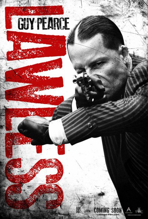 Guy Pearce - Special Agent Charlie Rakes