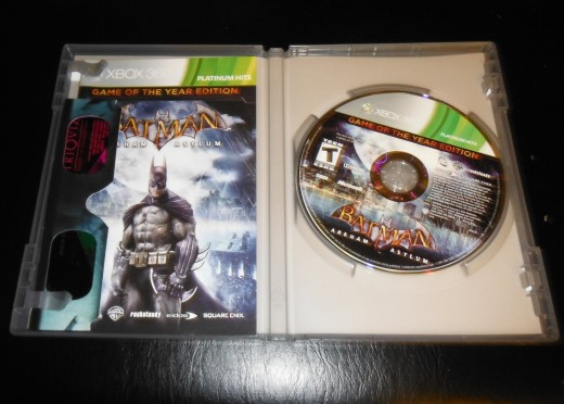 The inside case of my copy of Batman: Arkham Asylum with the 3D glasses.