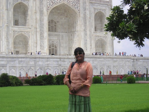 2007, when I went India and visited Taj Mahal. I am glad that I did, today I am not in a situation to travel any more,