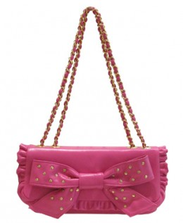 Samantha Thavasa bags are known to have lots of very feminine designs.