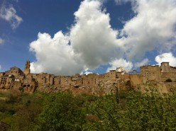 A Guide to the Perfect Weekend in Pitigliano in Southern Tuscany, Italy
