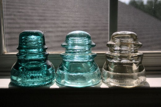 Collecting antique glass insulators for Glass electric insulator crafts
