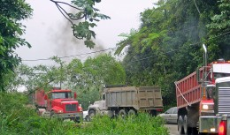 Dump trucks in the Central Mountains near Cerra Maravilla