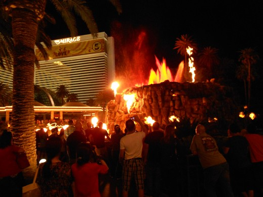 Fire show outside of Mirage evrery night