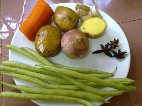 carrot, potatoes, bombay onion, cloves and French Beans