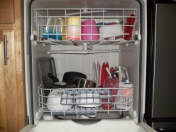 Stuff You Shouldn't Put In The Dishwasher