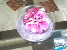 Table centrepiece with decorative sand