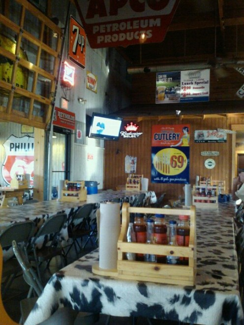 Woody's Smoke House decor is fun and friendly and perfect for a relaxed time with friends and family!