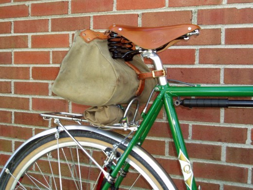 A comfortable seat, large saddle bag, rear bike rack and mud guards can be easily added to customise your own bike.
