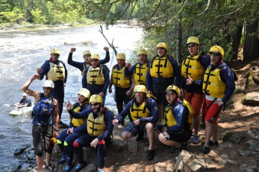White Water Rafting Ottawa - Group Adventure - Hitting the Rapids